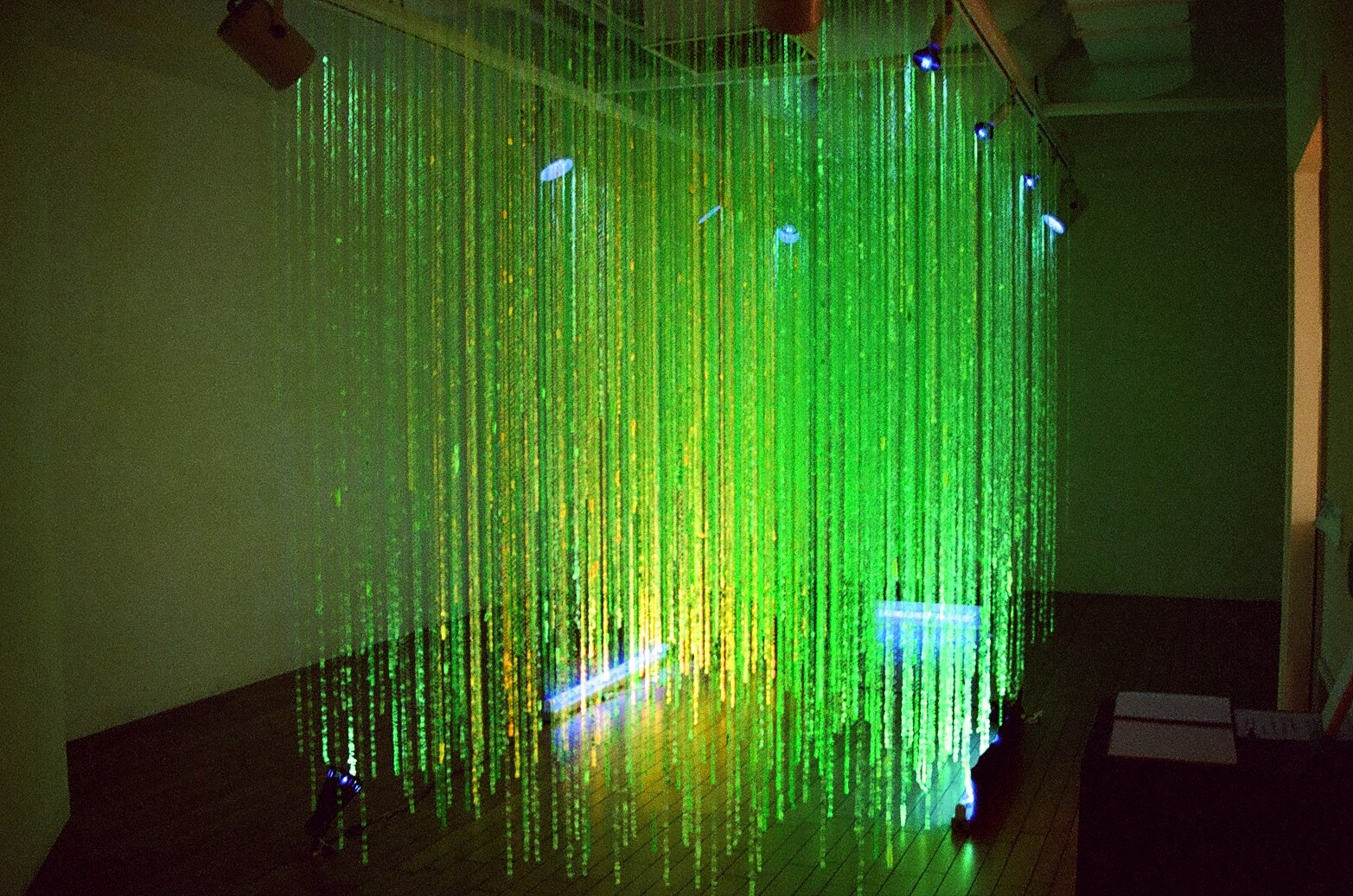 Yoko Tamura Exihibition-Untitled-2002
