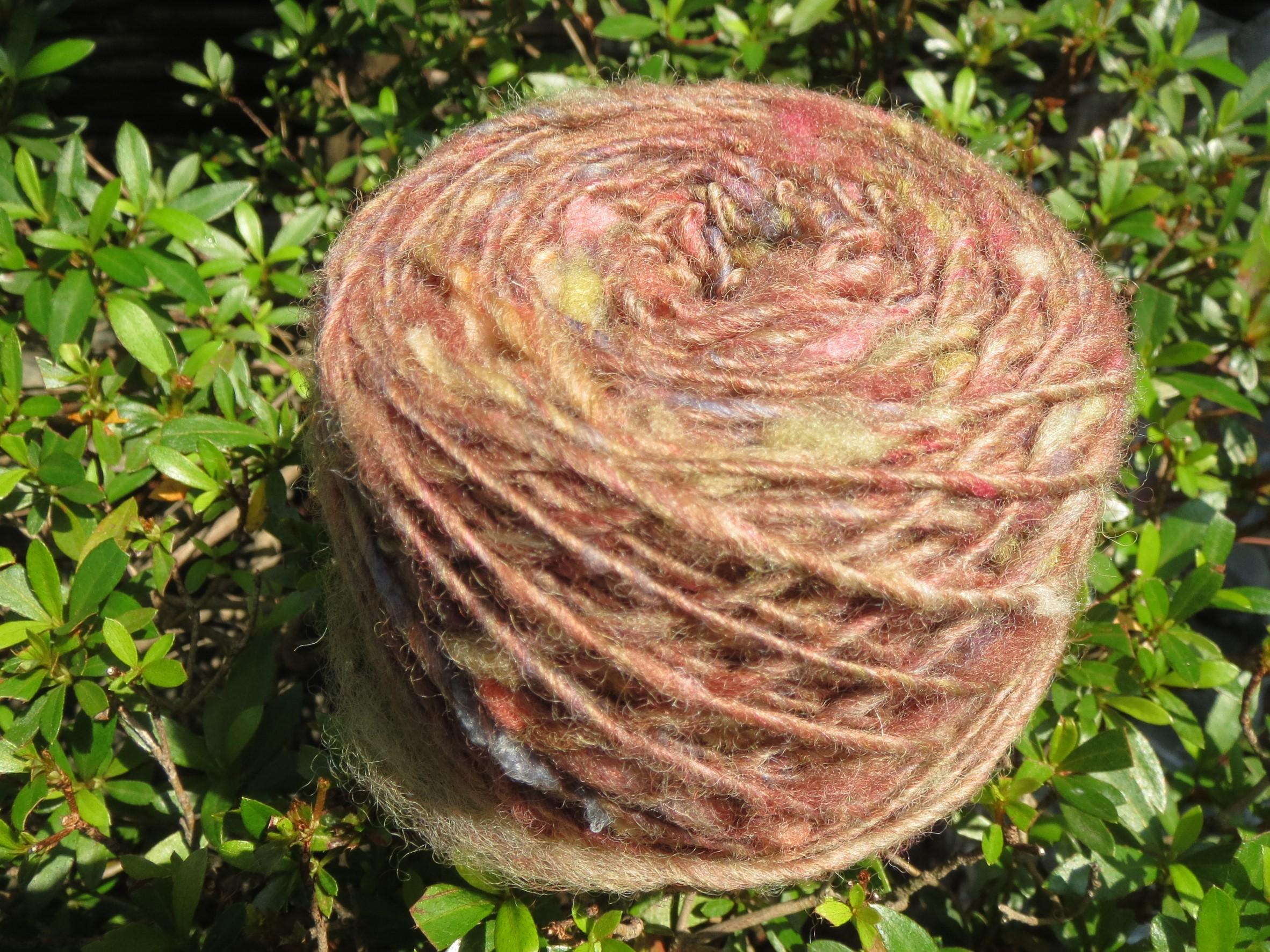「ウールを紡いで織るマフラー」